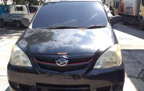 Jual Daihatsu Xenia Xi STD 2010 harga murah di Jawa Tengah