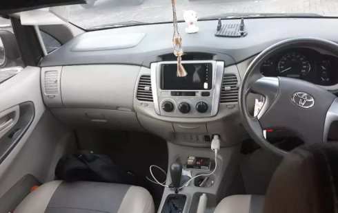 Jual cepat Toyota Kijang Innova 2.0 G 2014 di Jawa Tengah