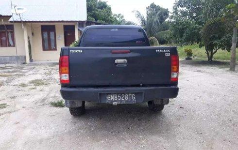 Mobil Toyota Hilux 2011 G terbaik di Riau
