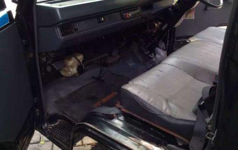 Mobil Mitsubishi L300 2014 dijual, Jawa Timur