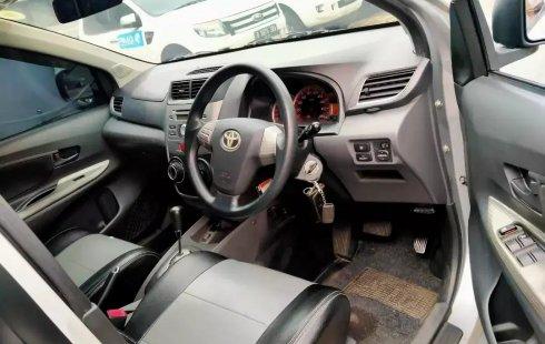 Dijual Cepat Toyota Avanza Veloz AT 2013 di Bekasi