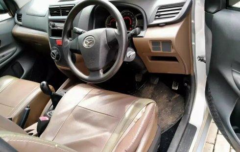 Dijual Murah Daihatsu Xenia M MT 2016, Bekasi