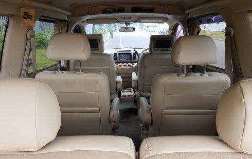 Dijual Cepat Nissan Serena HWS AT 2011, Tangerang Selatan