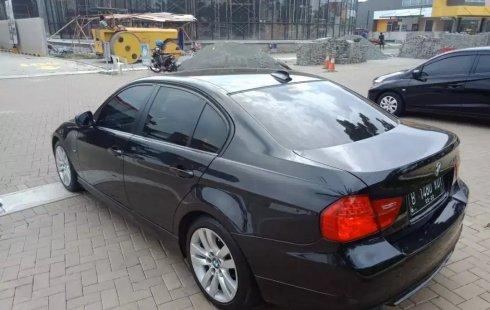 Dijual Cepat BMW 3 Series 320i AT 2010 di Bekasi