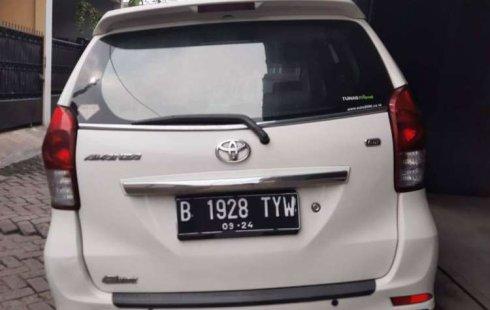 Mobil Toyota Avanza 2014 G terbaik di Banten