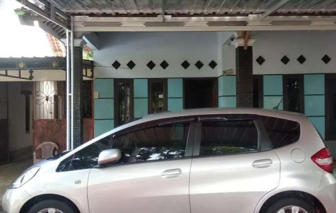 Dijual mobil bekas Honda Jazz S, Jawa Tengah
