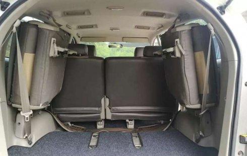 Jawa Timur, jual mobil Toyota Kijang Innova E 2012 dengan harga terjangkau
