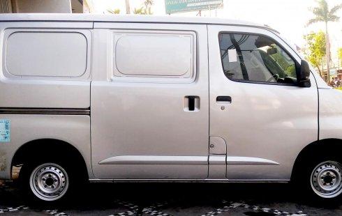 Jual Mobil Bekas Daihatsu Gran Max Blind Van 2015 di Jawa Tengah