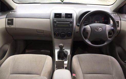 Dijual cepat Toyota Corolla Altis 1.8 J MT 2010 / 2011, DKI Jakarta