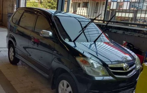 Jual Toyota Avanza G 2011 harga murah di Jawa Timur