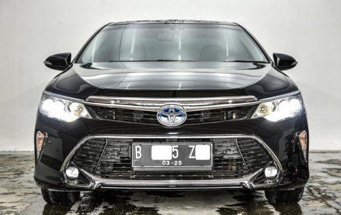 Dijual cepat Toyota Camry 2.5 Hybrid 2017 terbaik, DKI Jakarta