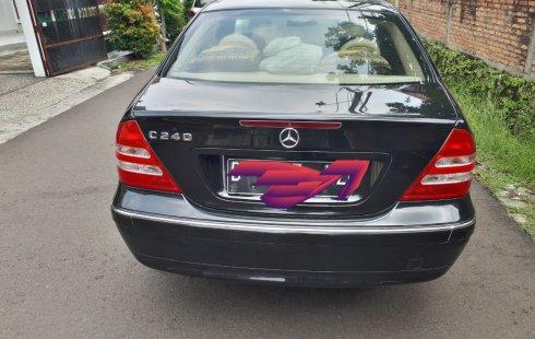 Dijual Mercedes Benz C-Class C 240 2003 Bekas, DKI Jakarta
