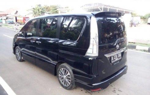 Dijual cepat Nissan Serena Highway Star AT 2016, DKI Jakarta