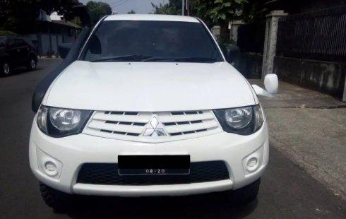 Dijual mobil Mitsubishi Triton HD-X 4x4 MT 2014 bekas, DKI Jakarta