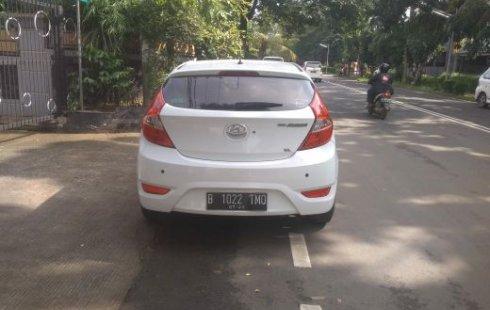 Dijual mobil Hyundai Avega GL 2013 Nego Sampe Jadi