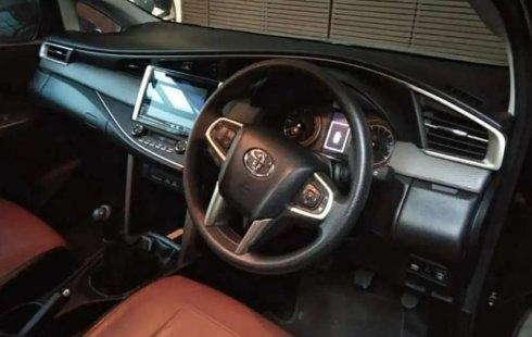 Jual mobil bekas murah Toyota Kijang Innova 2.4V 2016 di Bali