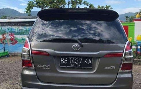 Jual cepat Toyota Kijang Innova E 2014 di Sumatra Utara
