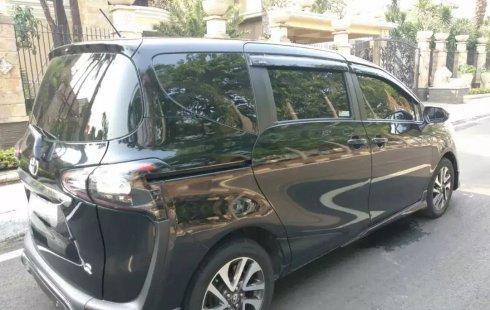 Dijual cepat Toyota Sienta Q AT 2016 terbaik, DKI Jakarta