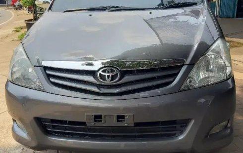 Dijual Cepat Toyota Kijang Innova 2.0 G AT 2009 di DKI Jakarta