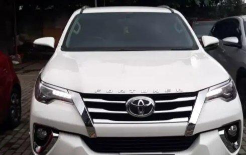 Dijual mobil Toyota Fortuner VRZ AT 2018/2019 terbaik, Tangerang