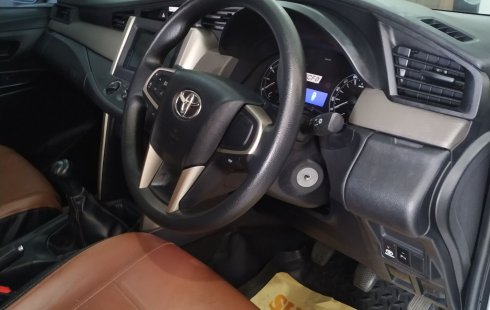 Dijual Mobil Toyota Kijang Innova 2.0 G 2017 di Kalimantan Timur