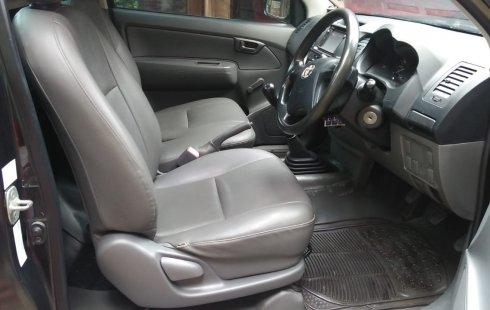 Dijual Mobil Toyota Hilux 2.0 NA 2013 di Jawa Tengah