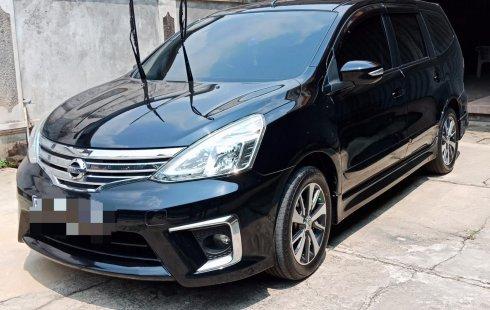 Dijual Mobil Nissan Grand Livina Highway Star 2017 Terawat di Depok
