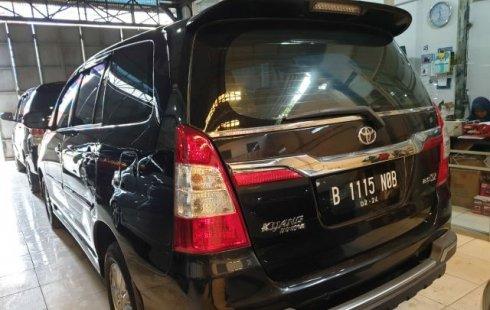 Jual Mobil Toyota Kijang Innova 2.0 V 2014 Terawat di Bekasi