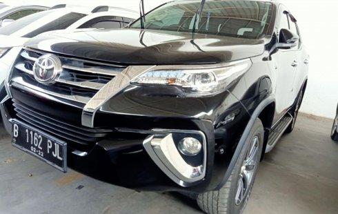 Dijual cepat Toyota Fortuner VRZ AT 2017, Jawa Barat