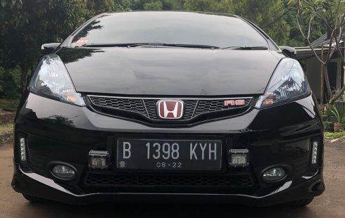 Dijual Mobil Honda Jazz RS 2014 di Bekasi