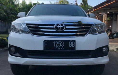 Dijual Mobil Toyota Fortuner G 2012 di Bekasi