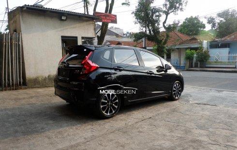 Jual Mobil Bekas Honda Jazz RS 2016 di Jawa Barat
