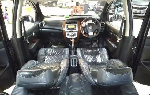 Jual Cepat Nissan Grand Livina Ultimate AT 2012 di Jawa Timur