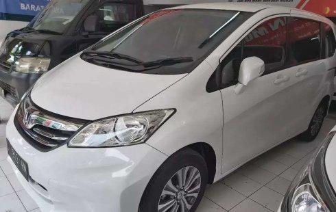 Jual Honda Freed PSD 2013 harga murah di Jawa Timur