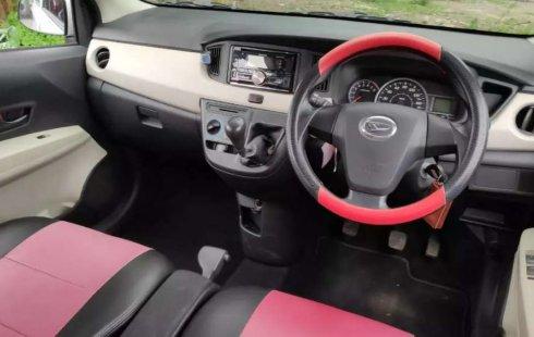 Jual Daihatsu Sigra X 2016 harga murah di Jawa Timur