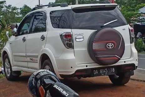 Mobil Toyota Rush 2011 G terbaik di Kalimantan Selatan