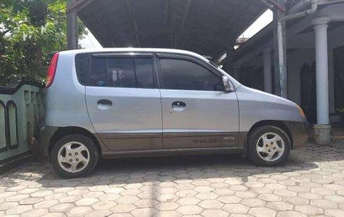 Mobil Hyundai Atoz 2004 GLS terbaik di Jawa Timur