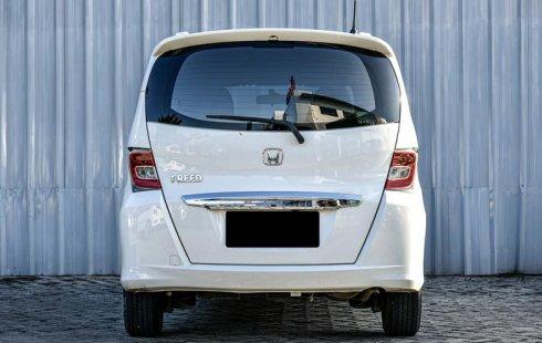 Jual Mobil Bekas Honda Freed E 2015 di Depok