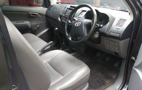 Jual Mobil Bekas Toyota Hilux S Cab Pick Up 2013 di Jawa Tengah