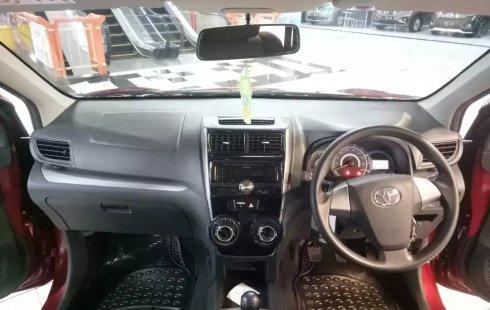 Dijual cepat Toyota Avanza Veloz 1.3 MT 2015, Jawa Timur