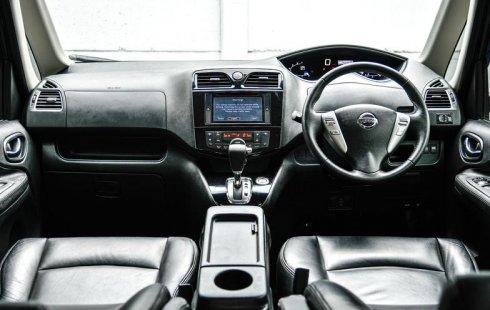 Dijual Mobil Nissan Serena Highway Star 2017 di Depok