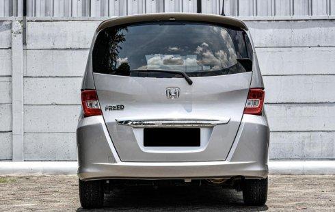 Jual Mobil Bekas Honda Freed S 2012 di Depok