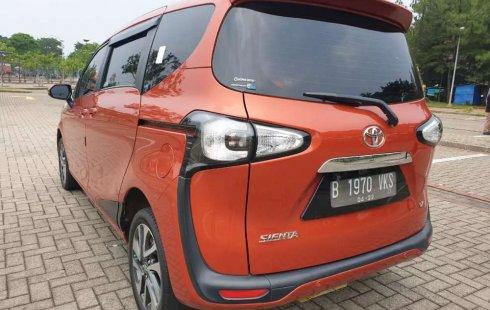 Mobil Toyota Sienta 2017 V terbaik di Banten