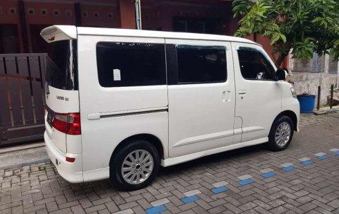 Jual cepat Daihatsu Luxio X 2013 di Jawa Tengah