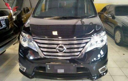 Jual Nissan Serena Highway Star 2015 harga murah di Jawa Timur