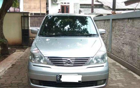 Jual mobil bekas murah Nissan Serena Highway Star 2011 di Jawa Barat
