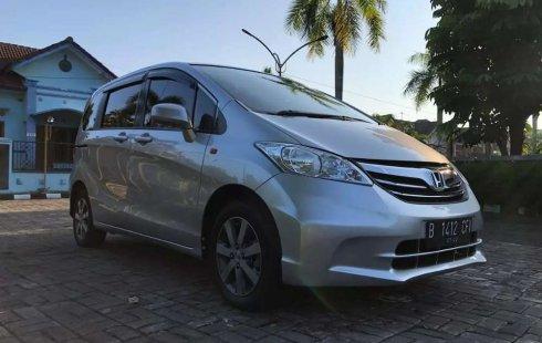 DIY Yogyakarta, Honda Freed 1.5 2012 kondisi terawat