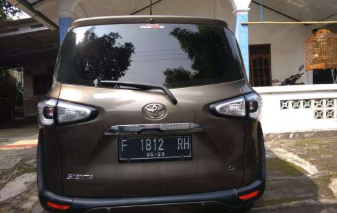 Jual mobil bekas murah Toyota Sienta G 2018 di Jawa Barat