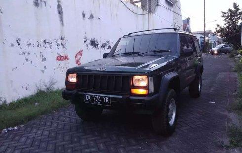 Jual Jeep Cherokee Limited 1995 harga murah di Jawa Timur
