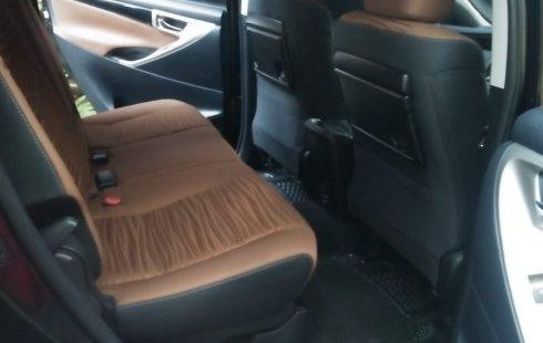 Jual mobil Toyota Kijang Innova 2.4 V Diesel Matic 2016 Istimewa, Jawa Tengah